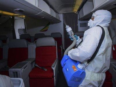 Coronavirus hunde a las aerolíneas con pérdidas de USD 4.000 millones