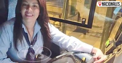 Paraguaya cumplió su sueño en España conduciendo micros