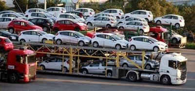 HOY / Importación de vehículos aumentó al 13 %