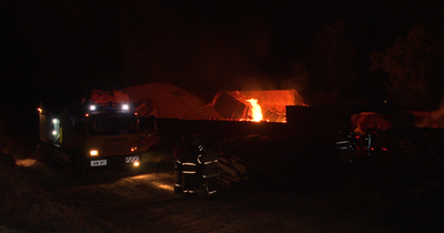 Incendio consumió depósito de maderas en Ypacaraí