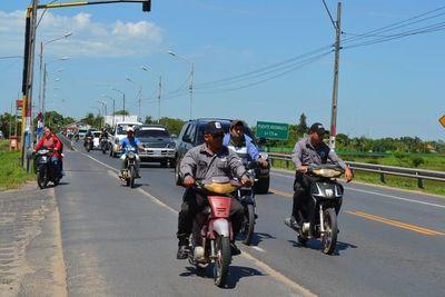 Hasta la PMT viola las leyes de tránsito en Pilar