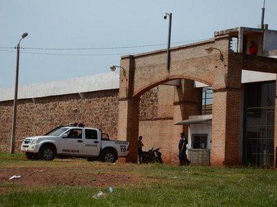 Liberan a guardiacárceles procesadas por fuga de PJC