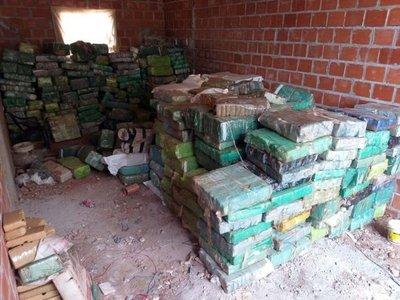 Gendarmería argentina decomisa más de 10 toneladas de marihuana proveniente de Paraguay
