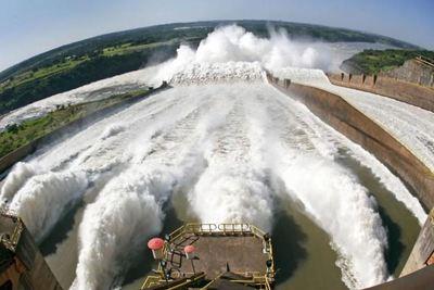 ITAIPÚ PODRÍA HOY ABASTECER POR 43 DÍAS AL PLANETA ENTERO CON SU ENERGÍA ACUMULADA