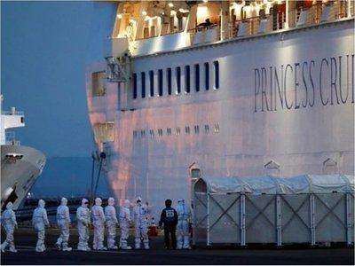 Coronavirus: 70 casos más en un crucero en cuarentena en Japón
