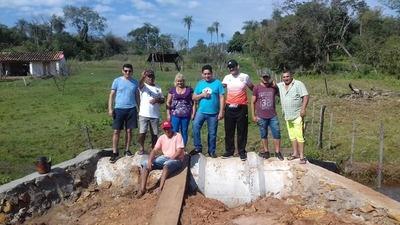 Realizan alcantarillado en Isla Pucú