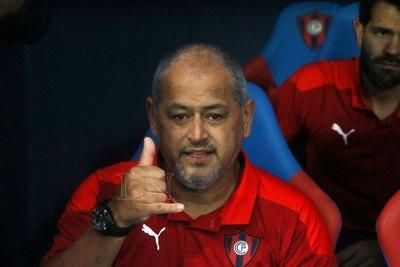'Chiqui' explicó su decisión de meter a Julio Dos Santos