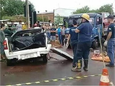 Joven fallece en aparatoso accidente en Coronel Oviedo
