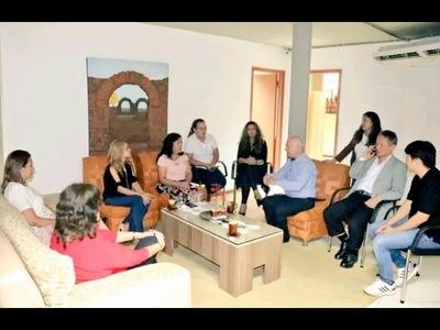 MINISTRA DE TURISMO SE REUNIÓ CON REPRESENTANTES DE SECTORES INVOLUCRADOS AL TURISMO EN ENCARNACIÓN