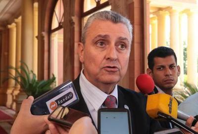 Villamayor desmiente rumores de la salida de Petta