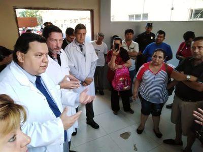 Pacientes dializados del IPS protestan por falta de máquinas