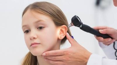 HOY / Inicio de clases: problemas del lenguaje o déficit de atención pueden estar relacionados con deficiencia auditiva