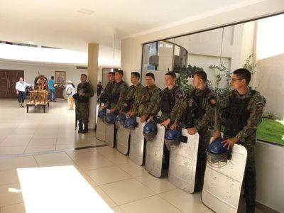 Tras incidentes, suspenden reunión en la Junta Municipal de Pedro Juan Caballero