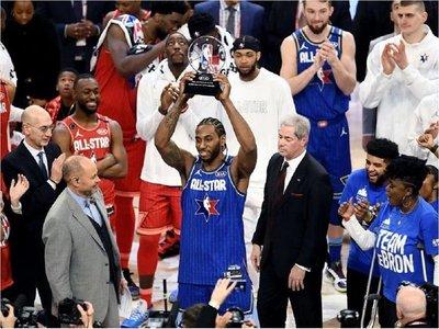 Davis da triunfo a Equipo LeBron y Leonard gana premio MVP