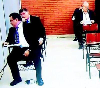 Ñuha aranduchaukápe: Romero ombotove responsabilidad ha omoî Rodríguez Kennedy akã ári