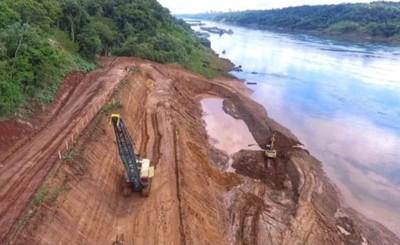 Sostenido avance de obras del Puente de la Integración