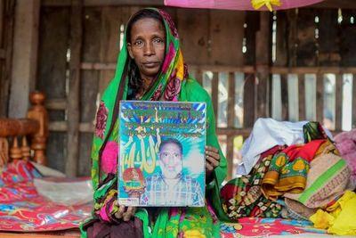 """Las """"viudas del tigre"""", malditas en zonas rurales de Bangladés"""