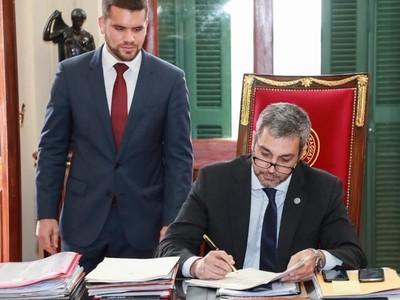 Ejecutivo promulga ley de financiamiento político