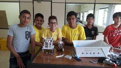 Niños y adolescentes del Chaco accedieron a cursos de alfabetización digital y robótica