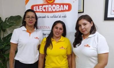 HOY / Oportunidades reales: mujeres consiguen trabajo gracias a feria de empleo de la ANR