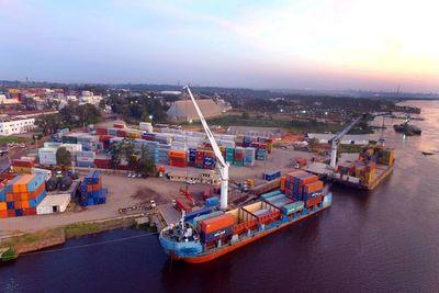 Balanza comercial de Paraguay sigue positiva, resaltan