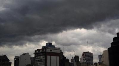 Anuncian miércoles caluroso con ocasionales tormentas eléctricas