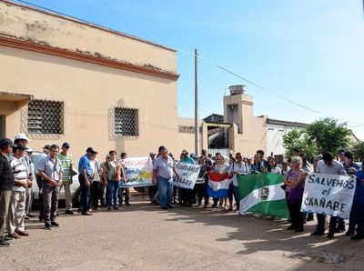 Pobladores reclaman castigo para quienes      contaminan el Caañabé