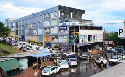 Llamativa inacción de Prieto para recuperar tierras donde está asentado Shopping Box