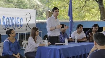 """HOY / Juventud liberal pide paso al costado de Efraín: """"Para traer paz al Partido"""""""