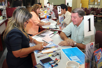 Ejecutivo dispone  transparentar y optimizar recursos en la función pública