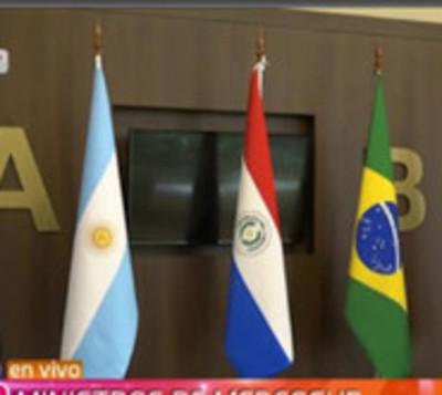 Mercosur:Ministros de Salud buscan soluciones ante epidemia del dengue