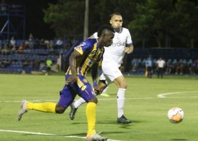 Luqueño supera susto inicial y avanza en la Sudamericana