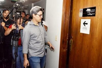 Soares volvió a chicanear y fiscala pide  que sea sancionado por litigar con temeridad