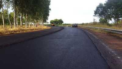 MOPC asfaltará 158 km de caminos vecinales en el interior del país