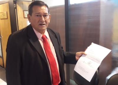 Denuncian a intendente de San José de los Arroyos por tráfico de influencias