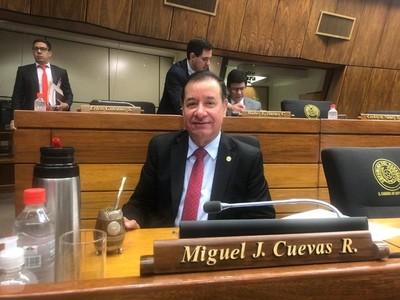 Ordenan la captura del diputado Miguel Cuevas