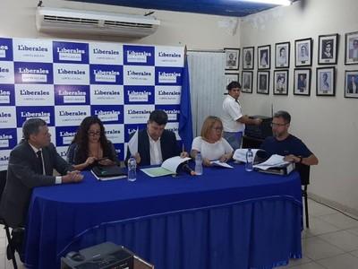 Alegre niega acusaciones en su contra y asegura que las facturas presentadas 'no tienen ningún inconveniente'