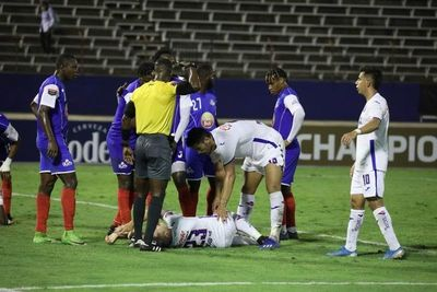 Pablo Aguilar sufre rotura de ligamento cruzado