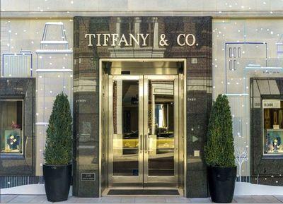 La gigante del lujo LVMH comprará Tiffany por 16.200 millones de dólares