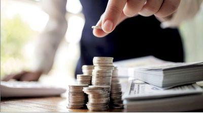 Aumento de salarios bajos mantiene la expansión económica de EEUU