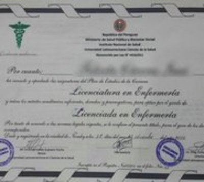 Detectan a enfermeros con títulos falsos