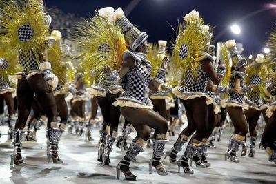 São Paulo se quita la corbata y se adueña del Carnaval de Brasil