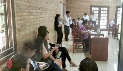 Junta Municipal de CDE está repleta de funcionarios que serían cupos políticos