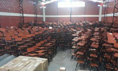 Entregan sillas pedagógicas a 52 instituciones del Alto Paraná