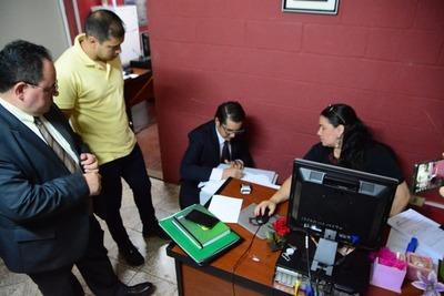 Intendente Prieto denuncia a exfuncionario que propició un multimillonario desfalco