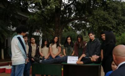 HOY / #DesastreKoPetta dicen estudiantes: máquinas viejas y aulas a punto de caer