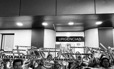 HOY / Recordaron a Renato y exigencia de justicia unió a familiares de víctimas de mala praxis