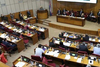 Senadores ratifican recortes al presupuesto 2020