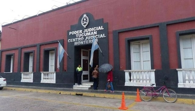 HOY / En Argentina la justicia admite que niña tenga dos padres y una madre, de común acuerdo