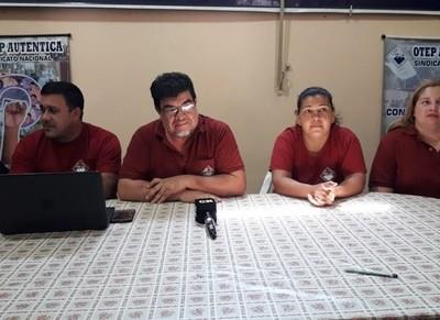 Ausentismo de alumnos y docentes en primer día de clases, registran